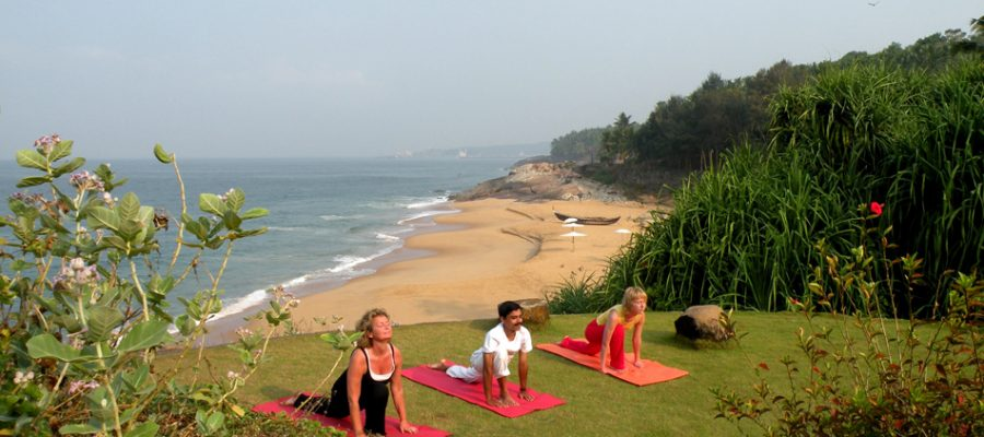 Yoga vor wunderbarer Kulisse im Bethsaida Hermitage